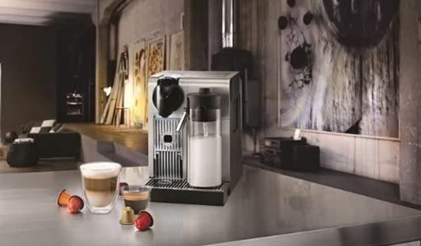 máy pha cà phê cao cấp Nespresso De'Longhi Lattissima Pro