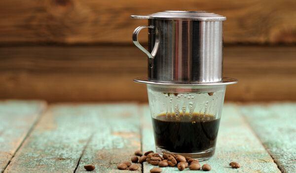 Hướng dẫn pha cà phê cốt dừa tại nhà