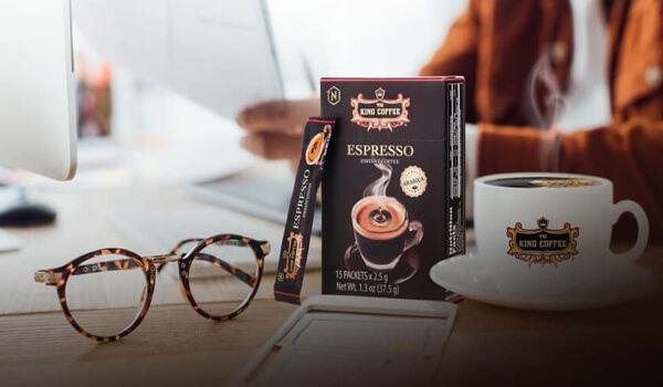 Cafe hòa tan được làm từ bột cà phê nguyên chất